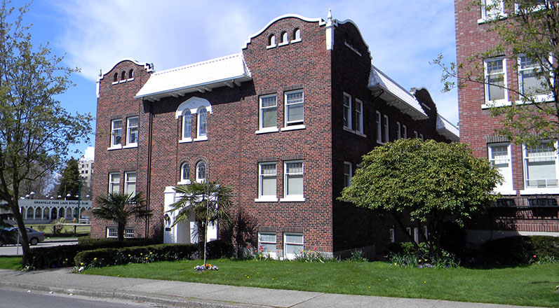 Brambly Apartments